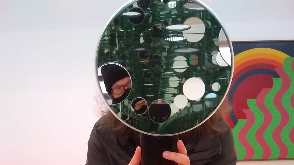 Ashtray Navigations band photo with mirrors